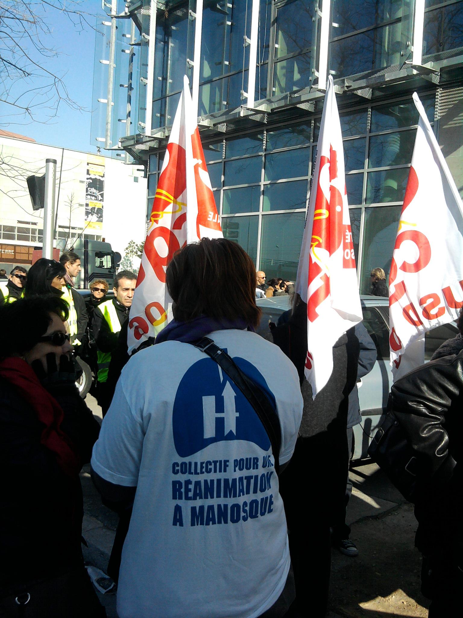 26.janvier 2011 Manifestation à Marseille pour la défense de l'Hopital de Manosque !
