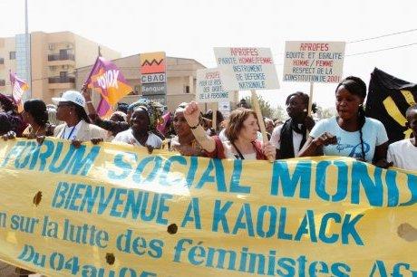 Rencontre sur le web entre le Forum Social Mondial de Dakar et Le Collectif « Eau Bien Commun 13 » organisateur du FAME 2012 à Marseille !