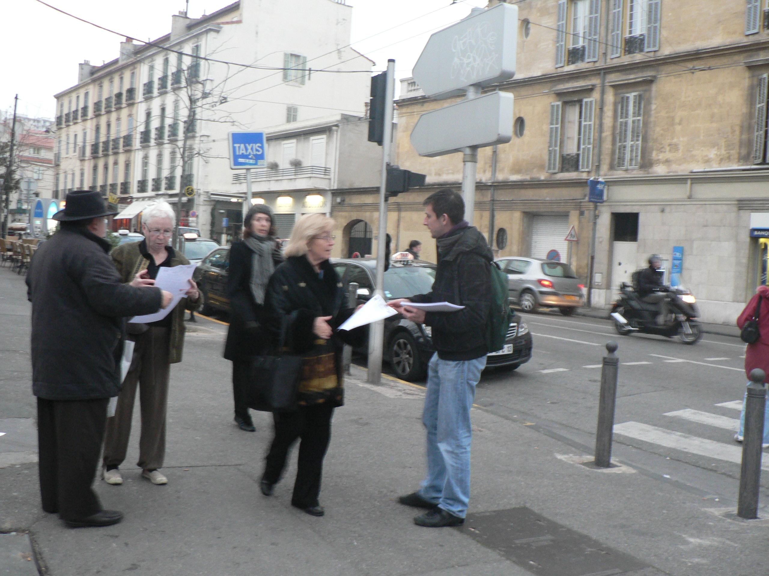 Débat vendredi 11 février à 18h30, 32 rue chateaubriand, entrée rue sauveur tobelem, contre l'implantation d'une énième grande surface commerciale !