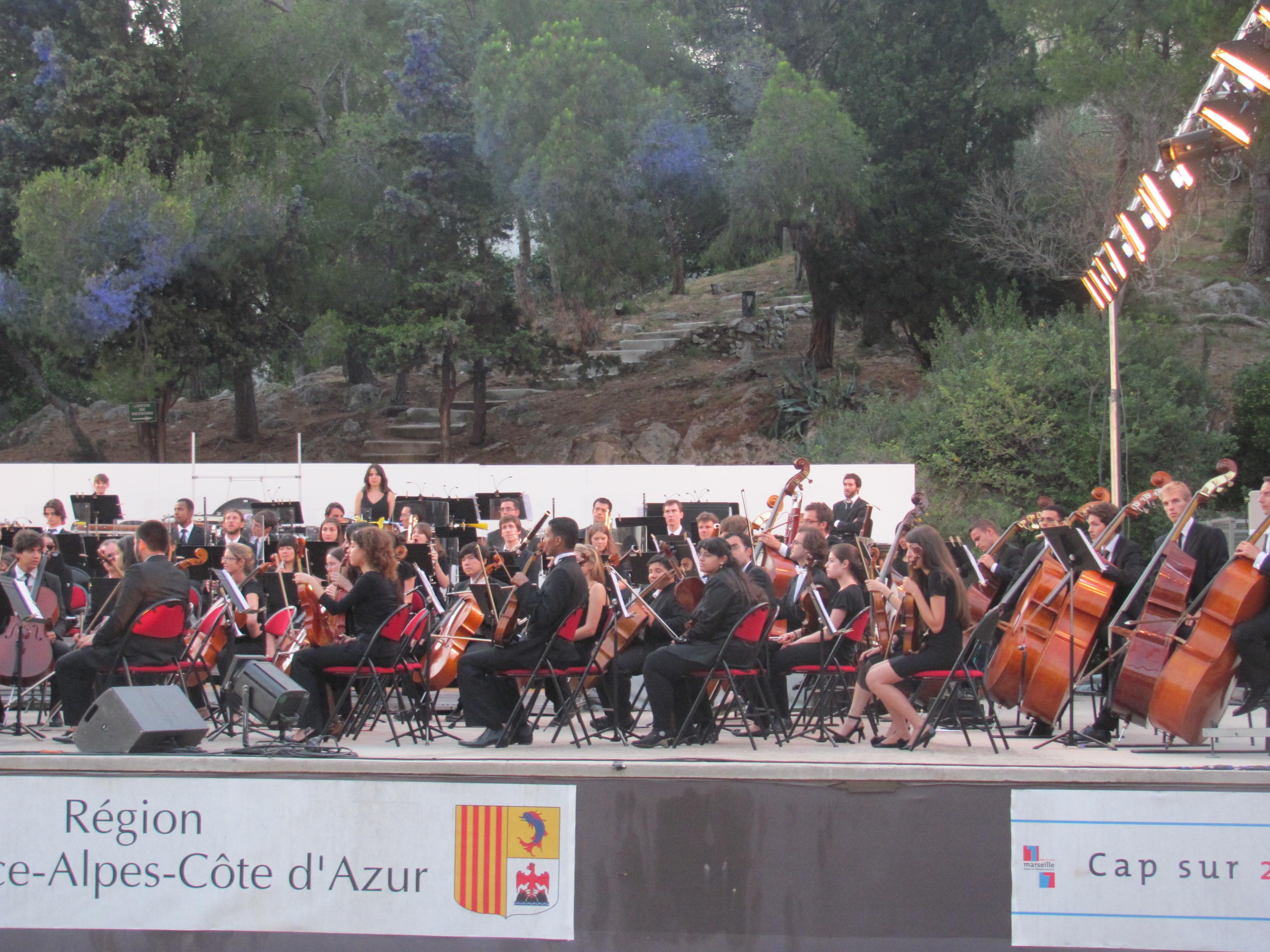 Halte au Théâtre silvain de l'Orchestre des Jeunes de la Méditerranée et de PACA.
