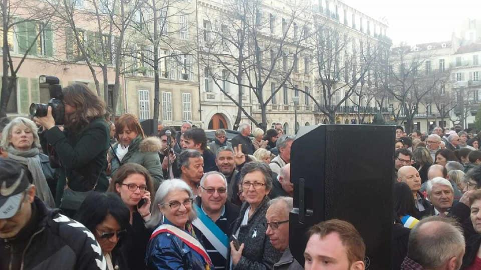 Réaction à Marseille : les communistes et républicains mobilisés contre l'antisémitisme, le racisme et le terrorisme ! A Paris, Pierre Laurent participe à la marche blanche.