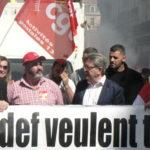 En tête de la manif Jeremy Bacchi, secretaire fédéral PCf, Olivier Matteu secrétaire de l'UD CGT 13 et jean luc Mélenchon, Député