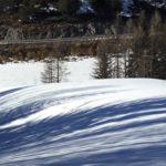 Le soleil fait fondre lentement la neige