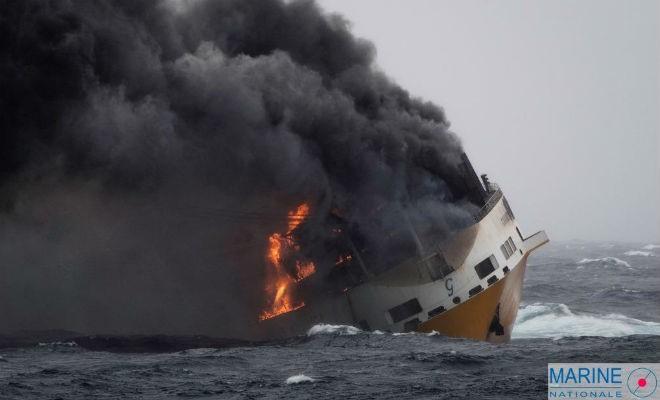 La mobilisation citoyenne sera utile pour limiter les dégâts sur le littoral et les agressions sur la faune après le naufrage au large de La Rochelle : les premières pollutions sont attendues.