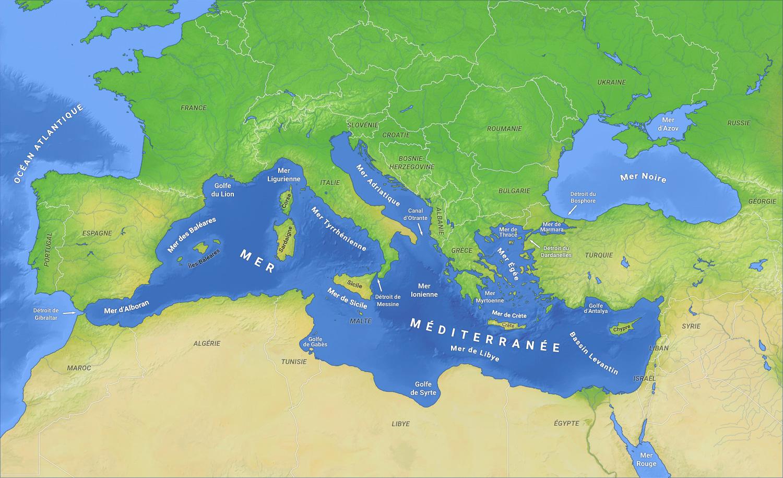 (1) Macron à Marseille : Comme un parfum d'élections Muncipales, la méditerranée à bon dos !