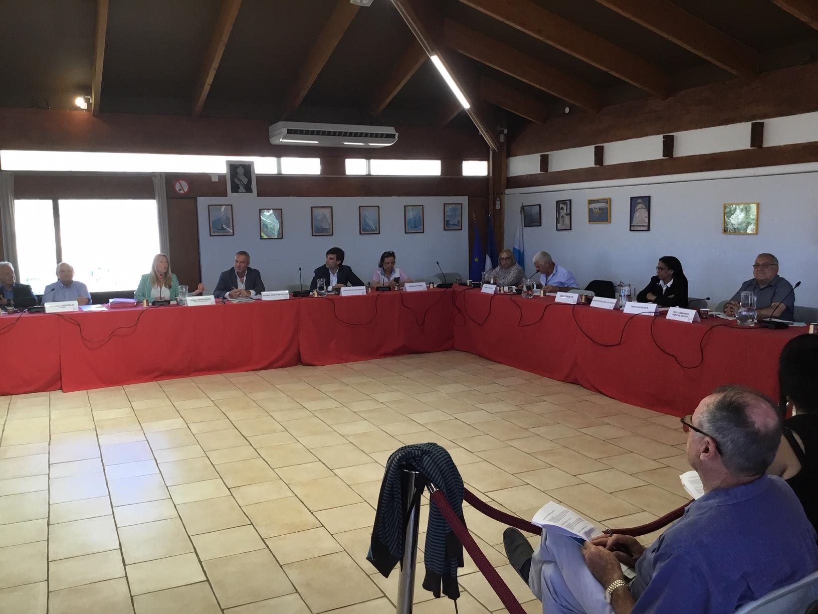 (1) Conseil Arrondissement du 1er secteur : La Maire refuse d'aborder la question de la «Charte Relogement»