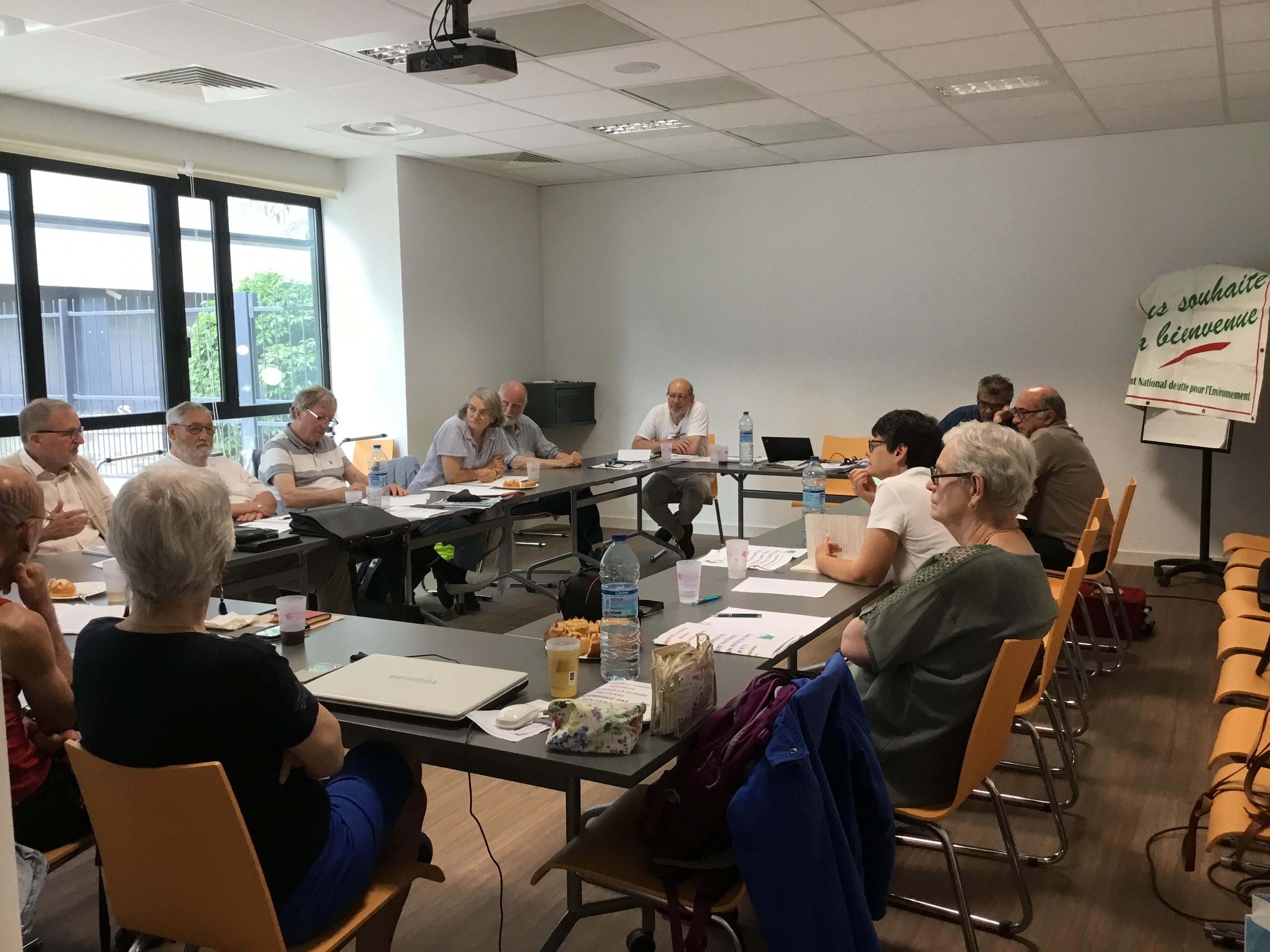 (1) MNLE : Un samedi de réflexion à Lyon sur la place d'un «Pôle de l'Ecologie Sociale et Solidaire» dans  la construction d'Alternatives locales