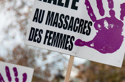 Des dizaines de milliers de manifestants contre les violences faites aux femmes