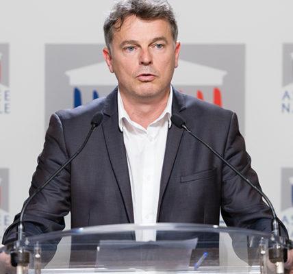Coronavirus/Macron reste imprécis : réaction de Fabien Roussel