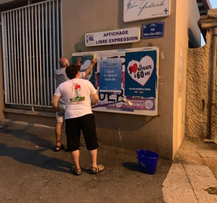 Après le nettoyage de la ville par le Printemps Marseillais – L'Affichage Estival du PCF 7e –