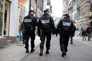 Tranquillité publique, sécurité : IL FAUT DES POLICIERS NATIONAUX et des MÉDIATEURS DANS LES RUES  DU 7ème ARRONDISSEMENT et du CENTRE VILLE DE MARSEILLE