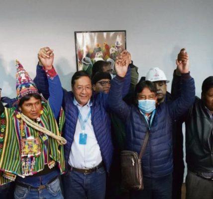 L'Amérique Latine retrouve de la couleur – Bolivie. Un an après le putsch, la gauche revient par les urnes –