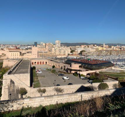 (7) Déambulations Automnales 2020 : Marseille vu du du Fort St Nicolas   –