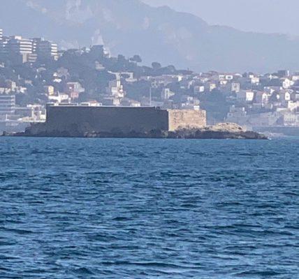 (9) Déambulations Hivernales 2020/2021 : La rade de Marseille – Le printemps est en avance – Du sud au nord .