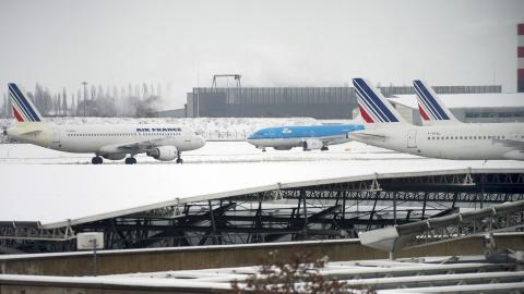 Aéroports, le Chaos aux moindres aléas climatique : Pourquoi pas un véritable service public pour la gestion des aéroports ?