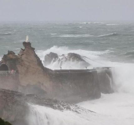 Déambulations Hivernales 2020/2021 : Tempête le 25 décembre 2020 – A Biarritz – Rocher de la Vierge –