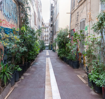 (1) #Rued'Aubagne poursuivre le travail de réhabilitation du quartier #Noailles – Exemple #LaRuedel'Arc